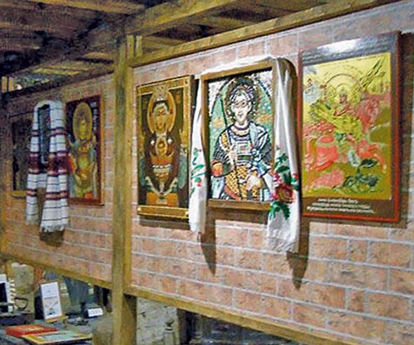 """On Molchanovka Street"" museum-gallery of iconography"